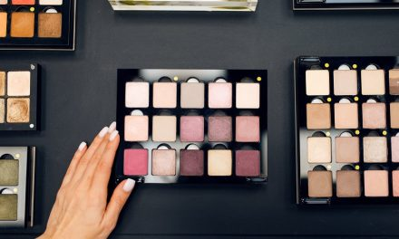 Zakupy kosmetyczne w sklepach marki Hebe