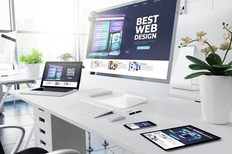 Gotowa strona internetowa – z szablonu, czy pisana od podstaw?