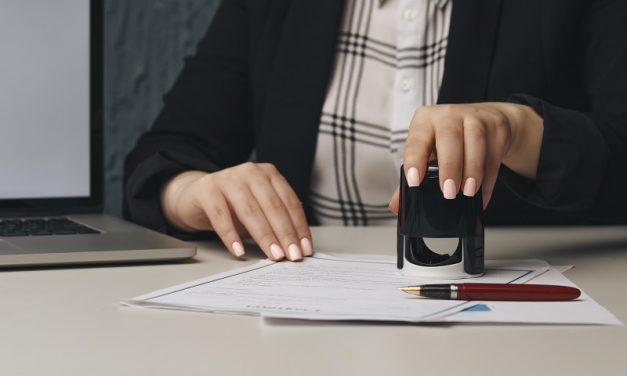 Akt notarialny – co to jest i jakie ma zastosowanie?