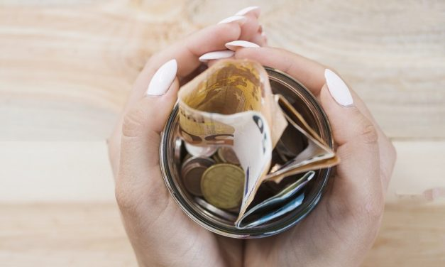 Ile trzeba zarabiać, żeby dostać kredyt w banku?