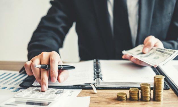 O czym pamiętać, biorąc kredyt na firmę? Porady kredytowe dla przedsiębiorców