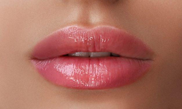 Jak dbać o usta, by nie pękały?